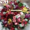 Что лучше для цветов в подарок, букет, корзина или коробка?